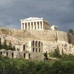 Акрополь – самое знаменитое имя города из Греции